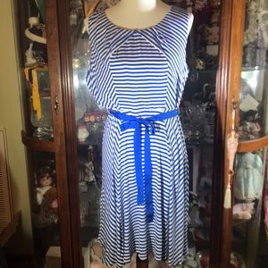Beautiful knit Elle blue stripe dress